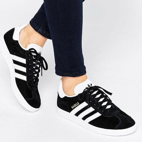 New Adidas Women's Gazelle Sneakers Size 7